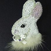 """Украшения ручной работы. Ярмарка Мастеров - ручная работа Брошь""""Белый Кролик"""". Handmade."""