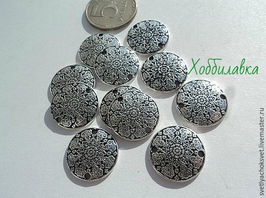 Коннектор в форме круга с цветочным узором размер 1,9 см цвет античное серебро материал цинковый сплав