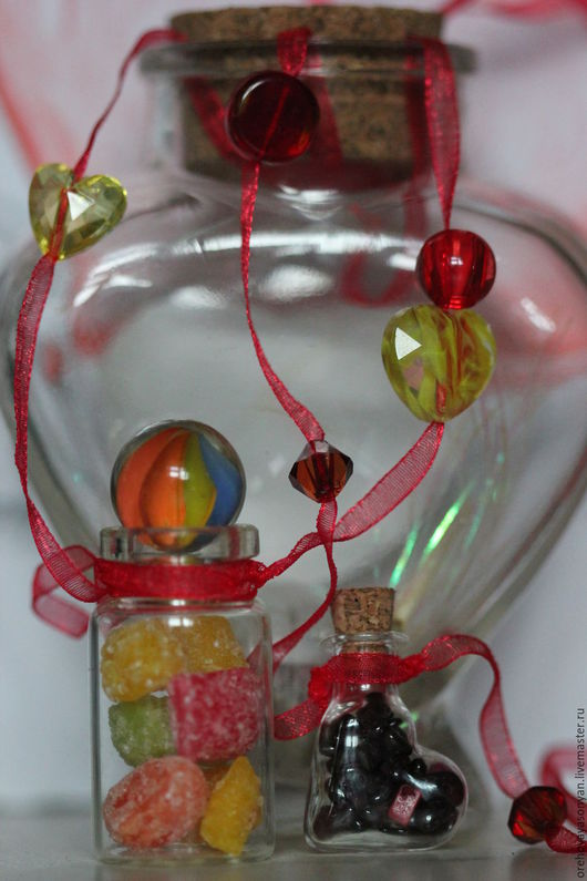 """Кулоны, подвески ручной работы. Ярмарка Мастеров - ручная работа. Купить Бутылочки с каменной крошкой и """"Радость сластёны"""". Handmade. Комбинированный"""