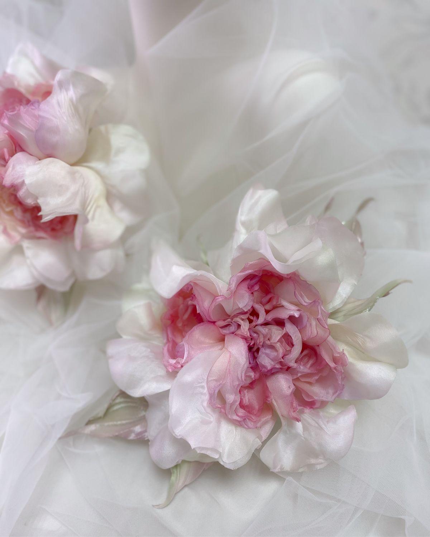 Роза «Angel»- брошь-заколка. Цветы из шёлка, Брошь-зажим, Владимир,  Фото №1