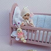 Куклы и игрушки ручной работы. Ярмарка Мастеров - ручная работа Ариша с кроваткой. Handmade.