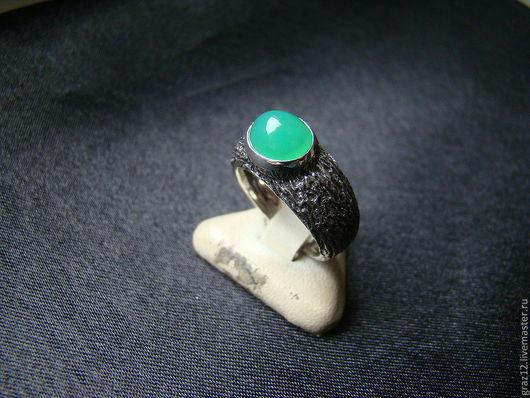 Кольца ручной работы. Ярмарка Мастеров - ручная работа. Купить Кольцо с хризопразом. Handmade. Ярко-зелёный, натуральный хризопраз