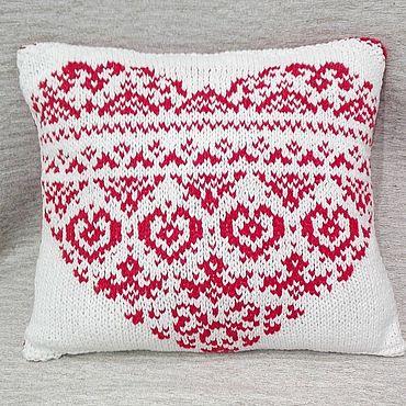 Для дома и интерьера handmade. Livemaster - original item White knitted pillow with red heart pattern. Handmade.