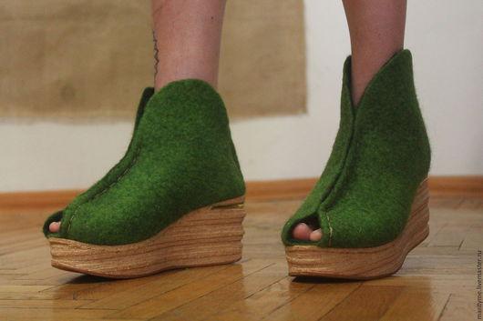 """Обувь ручной работы. Ярмарка Мастеров - ручная работа. Купить Ботильоны с овечьей шерсти  """"Весна"""". Handmade. Ярко-зелёный"""