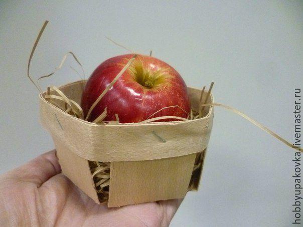 Кашпо ручной работы. Ярмарка Мастеров - ручная работа. Купить Плетеное лукошко 11х5 см для сладостей и сувениров (буковый шпон). Handmade.