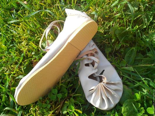 Модель с каблуками может быть выполнены как для дам, так и для кавалеров!