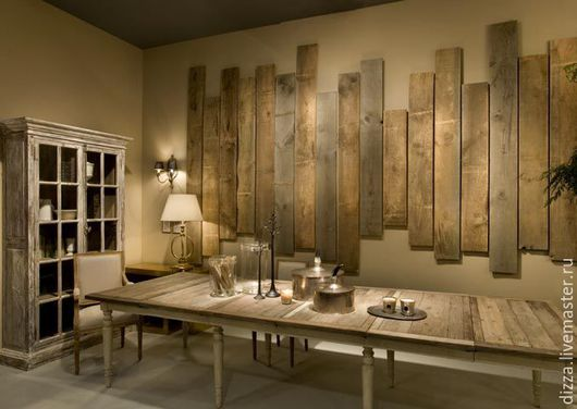 Панно из старенных досок.  Размеры ограничены размерами стен в вашем жилище и вашей фантазией. Стоимость изготовления и монтажа от 2500 р/кв.м.