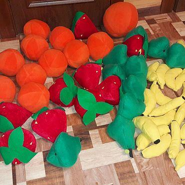 Куклы и игрушки ручной работы. Ярмарка Мастеров - ручная работа Огромные фрукты. Handmade.