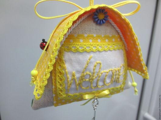 Подвески ручной работы. Ярмарка Мастеров - ручная работа. Купить Интерьерная текстильная подвеска Уютный домик-3. Handmade. Желтый