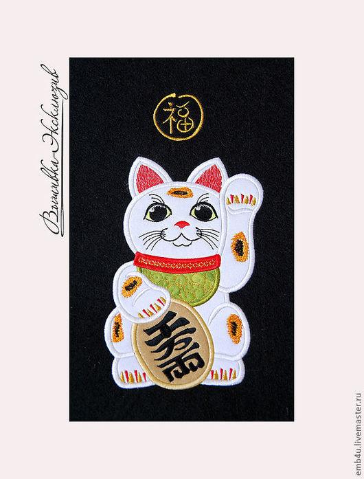 """Авторское панно """"Манэки-Неко"""" -талисман, привлекающий Счастье, Богатство, Удачу."""