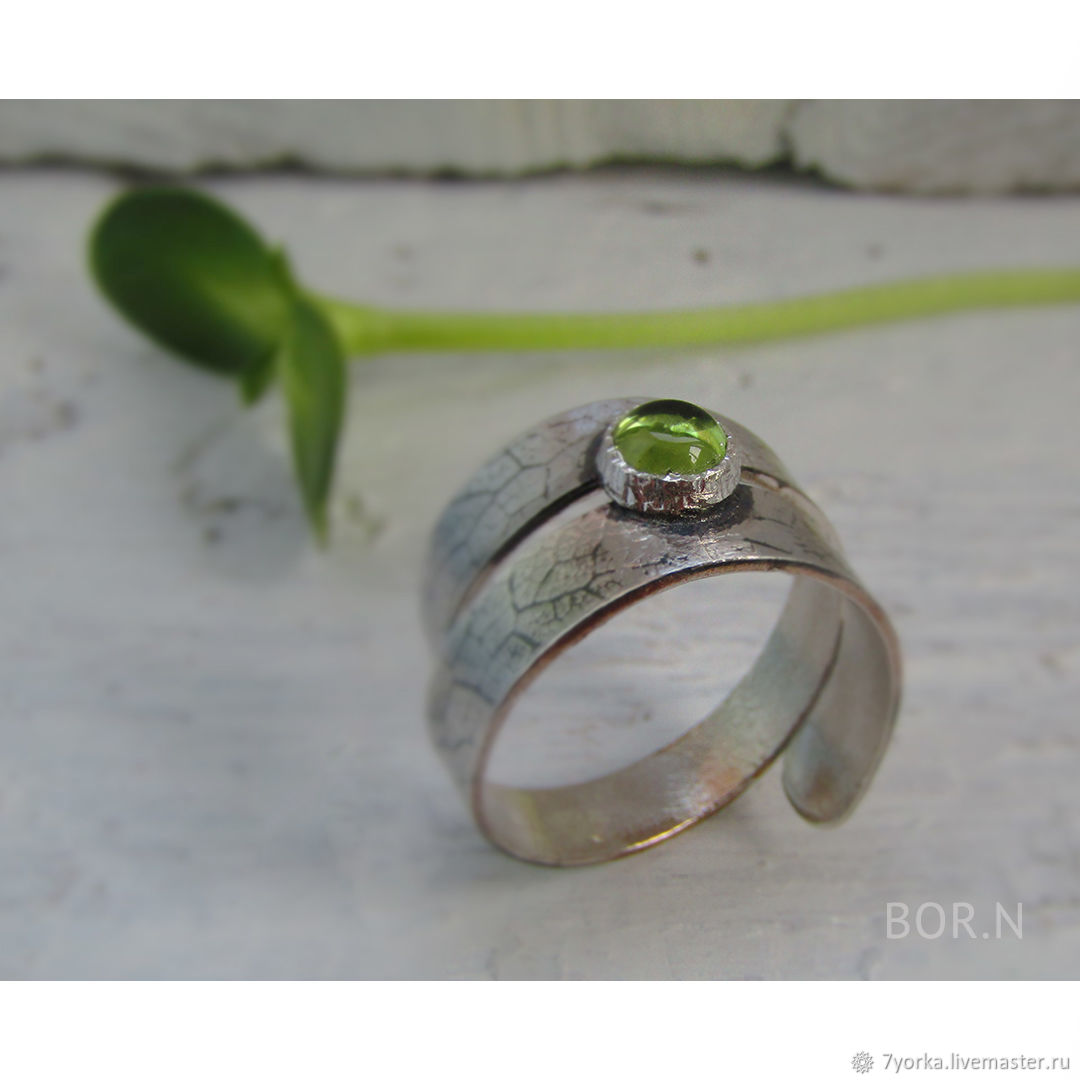 Silver ring with chrysolite, Ring, St. Petersburg,  Фото №1