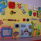 """Куклы и игрушки ручной работы. Ярмарка Мастеров - ручная работа Бизиборд """"Смешарики"""". Handmade."""