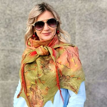 Accessories handmade. Livemaster - original item Bactus felted Autumn, leaves, scarf, scarf, bright shawl. Handmade.