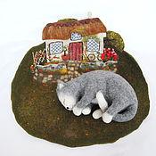 Для домашних животных, ручной работы. Ярмарка Мастеров - ручная работа Старый дом. Лежанка для животных валяная шерстяная.. Handmade.