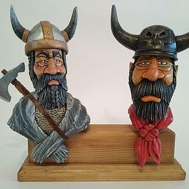 """Подарки к праздникам ручной работы. Ярмарка Мастеров - ручная работа """"Викинги"""" - набор декоративных пробок для бутылок, на подставке.. Handmade."""