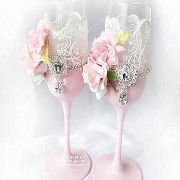 Свадебный салон ручной работы. Ярмарка Мастеров - ручная работа Свадебные бокалы с розово-пудровыми цветами и брошами. Handmade.