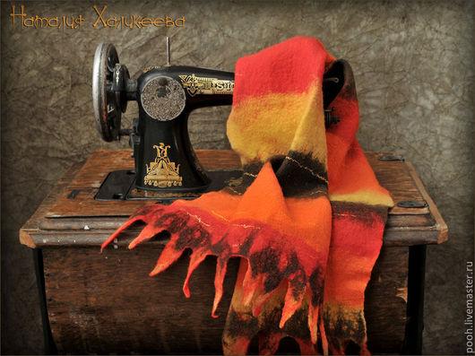 """Шарфы и шарфики ручной работы. Ярмарка Мастеров - ручная работа. Купить Войлочный шарф """"Огонь и пламя"""". Handmade. Шерсть, Валяние"""