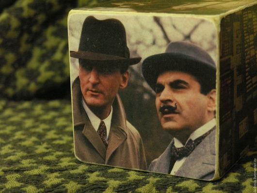 Персональные подарки ручной работы. Ярмарка Мастеров - ручная работа. Купить Эркюль Пуаро - кубик для любительниц английских детективов. Handmade.