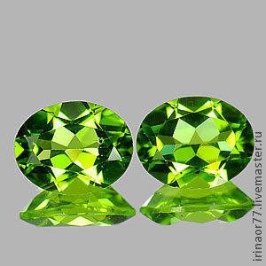 Количество: 1  Вес: 2.7 Cts Цвет: зеленый Форма: Овал Ясность: VSI Размер:  9.2 x 7.1 x 4.5 mm БЕЗ ПОДОГРЕВА Происхождение: Pakistan 1 - 4200 руб.