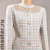 Одежда ручной работы. Ярмарка Мастеров - ручная работа Женский деловой костюм с ручной вышивкой. Handmade.