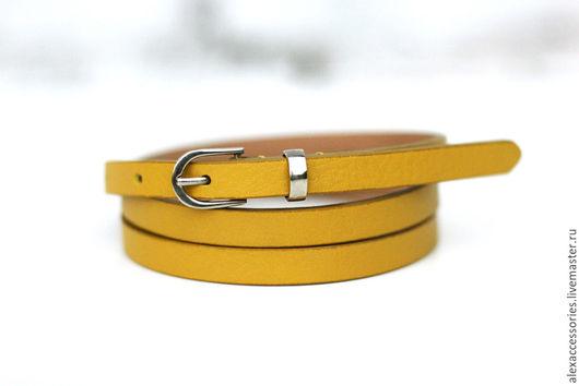 Пояса, ремни ручной работы. Ярмарка Мастеров - ручная работа. Купить Узкий кожаный ярко-желтый ремень. Handmade. Ремень