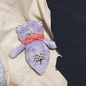 Мягкие игрушки ручной работы. Ярмарка Мастеров - ручная работа Мишка в шарфе. Handmade.