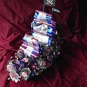 Сувениры и подарки ручной работы. Ярмарка Мастеров - ручная работа Конфетный парусник. Букет из конфет.. Handmade.