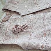 """Одежда ручной работы. Ярмарка Мастеров - ручная работа валяный жилет """"Снег на розах"""". Handmade."""