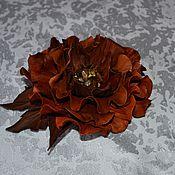 Украшения ручной работы. Ярмарка Мастеров - ручная работа Брошь-цветок из натуральной кожи. Handmade.
