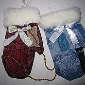 Подарки к праздникам ручной работы. Ярмарка Мастеров - ручная работа Рождественские рукавички. Handmade.