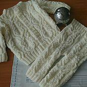 Работы для детей, ручной работы. Ярмарка Мастеров - ручная работа Комплект вязанный для девочки. Кофточка и штанишки. Handmade.