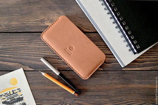 Для телефонов ручной работы. Ярмарка Мастеров - ручная работа. Купить Чехол для iPhone 5, 5S, 5С, 4, 4S из натуральной кожи. Handmade.