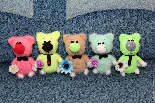 Игрушки животные, ручной работы. Ярмарка Мастеров - ручная работа. Купить Вязанные котики. Handmade. Разноцветный, для мамы, вязанные зайчики