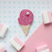Украшения ручной работы. Ярмарка Мастеров - ручная работа Брошь Мороженое из бисера. Handmade.