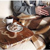 """Для дома и интерьера ручной работы. Ярмарка Мастеров - ручная работа Столик на подушке """"Сердце"""", светлый.. Handmade."""