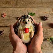 """Куклы и игрушки ручной работы. Ярмарка Мастеров - ручная работа Интерьерная игрушка """"Ежик Френки"""" / Валяная (войлочная) скульптура. Handmade."""