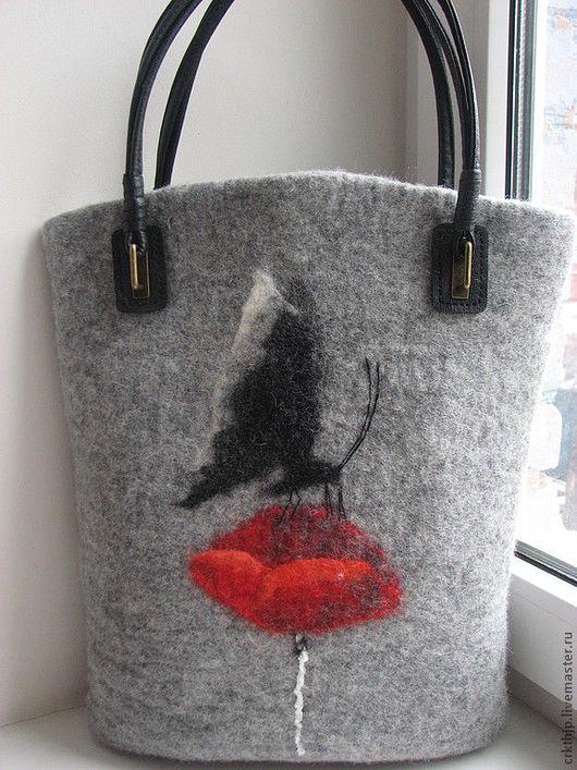 """Женские сумки ручной работы. Ярмарка Мастеров - ручная работа. Купить Войлочная сумка """"Мотылек"""". Handmade. Серый, бабочка"""