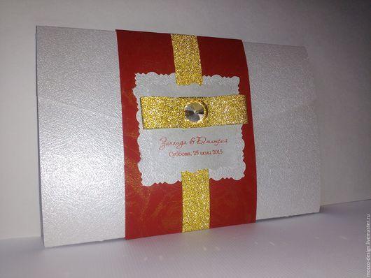 Приглашение на свадьбу с красным картоном
