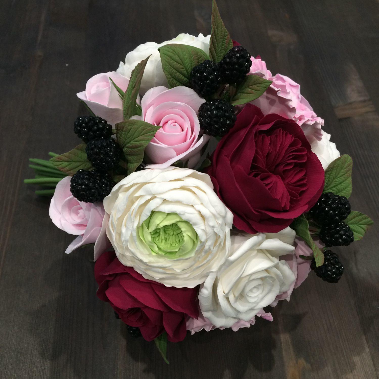 Купить букет невесты из пионовидных роз