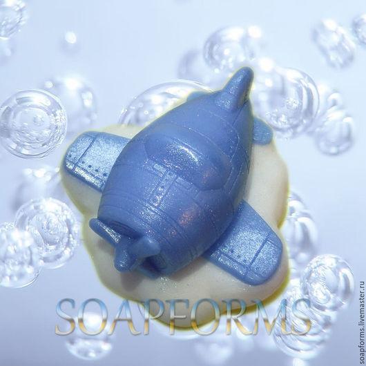 Силиконовая форма для мыла `Самолетик на облаке` (на фото работа выполненная в мыле)