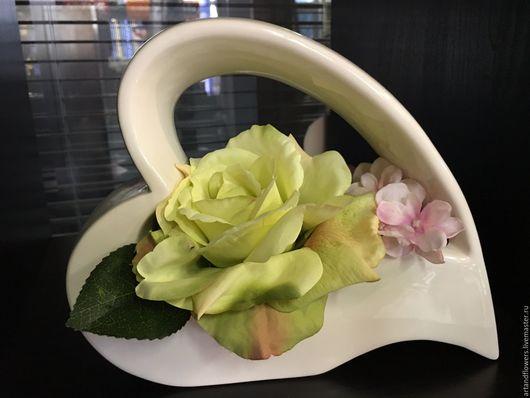 Вазы ручной работы. Ярмарка Мастеров - ручная работа. Купить Цветочная композиция в белой вазе Tiziano. Handmade. Белый