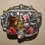 """Для дома и интерьера ручной работы. Ярмарка Мастеров - ручная работа Шкатулка """"Алиса в стране чудес"""". Handmade."""