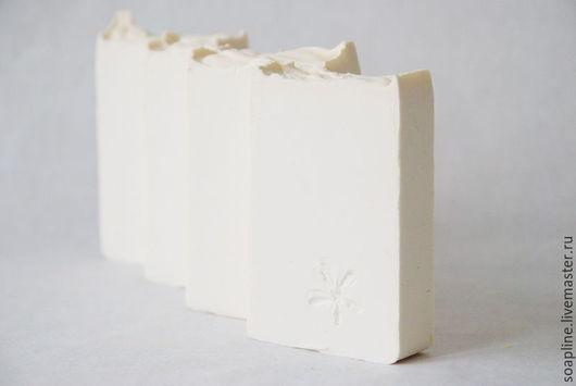 """Мыло ручной работы. Ярмарка Мастеров - ручная работа. Купить """"Нежность"""" натуральное шелковое мыло с нуля. Handmade. Бежевый"""