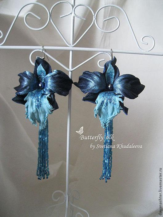 """Серьги ручной работы. Ярмарка Мастеров - ручная работа. Купить Серьги орхидеи """"Северный дождь"""" кожа. Handmade. Тёмно-синий"""