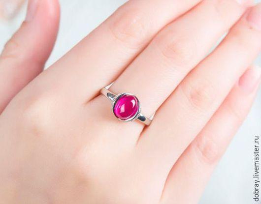 Кольца ручной работы. Ярмарка Мастеров - ручная работа. Купить Кольцо с рубиновым камнем.. Handmade. Кольцо, рубиновый камень