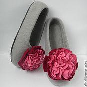 """Обувь ручной работы. Ярмарка Мастеров - ручная работа Валяные тапочки """"Дымчатый пион"""". Handmade."""