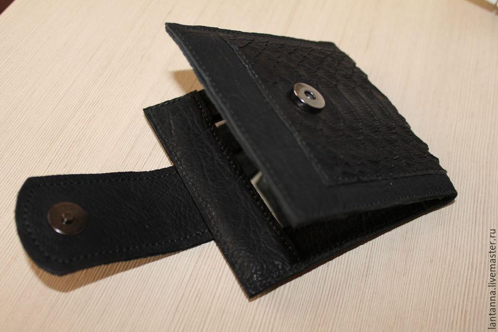 Карманное зеркало-портмоне из кожи питона