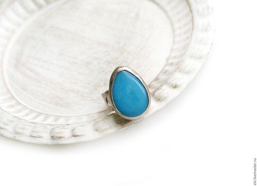 Кольца ручной работы. Ярмарка Мастеров - ручная работа. Купить Кольцо с нефритом голубого цвета в виде капли. Handmade. Подарок