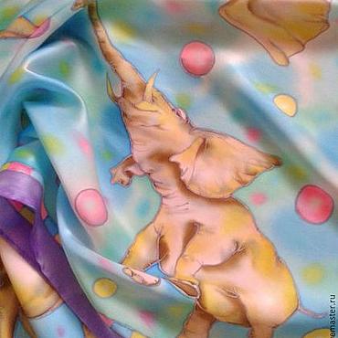 """Аксессуары ручной работы. Ярмарка Мастеров - ручная работа Платок батик """"Счастливые слоники"""", шелк атлас.. Handmade."""