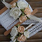Свадебный салон ручной работы. Ярмарка Мастеров - ручная работа Цветочный браслет и бутоньерка. Handmade.